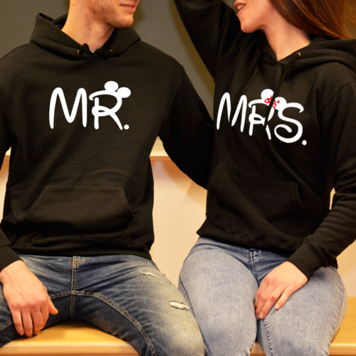mrs-and-mr-paros-pulover